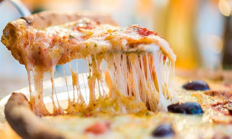 The 7 Best Cheeses To Make A Pizza