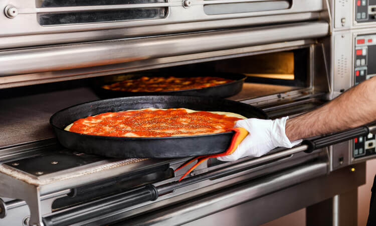 The 7 Best Commercial Pizza Ovens